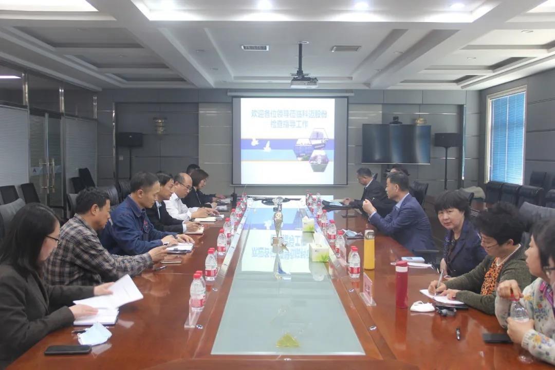 新区人大副主任左凤伟一行调研科迈天津工厂环保工作